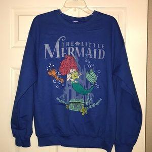 Blue Little Mermaid Sweatshirt Sz M in EUC